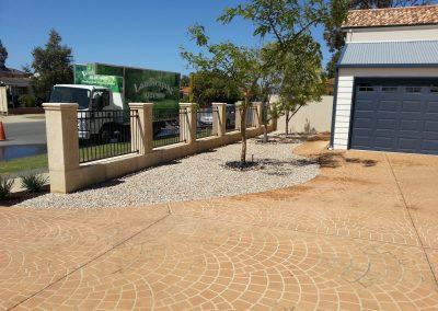 front yard landscape paving