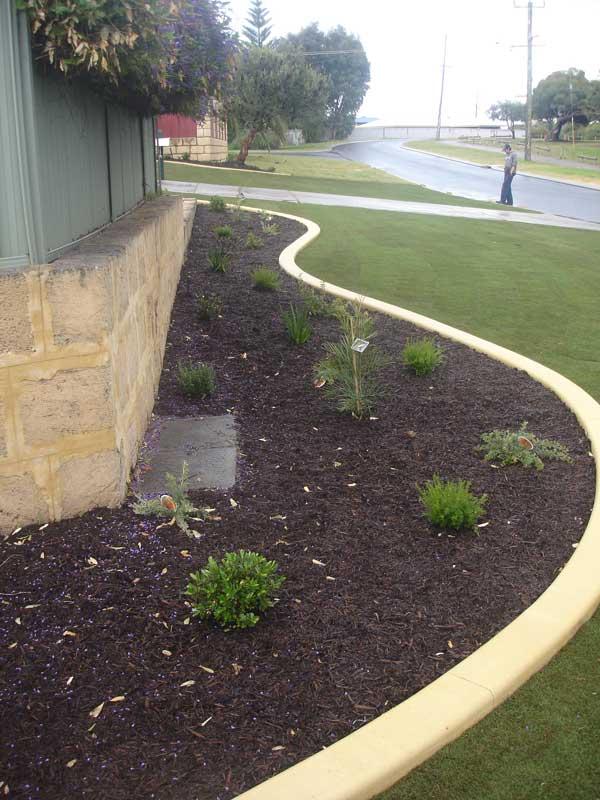 garden edging hardscaping