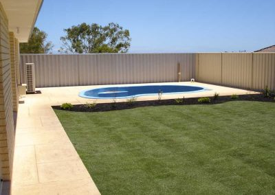 residential lawn and garden landscape edging