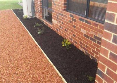 garden edging landscaping idea